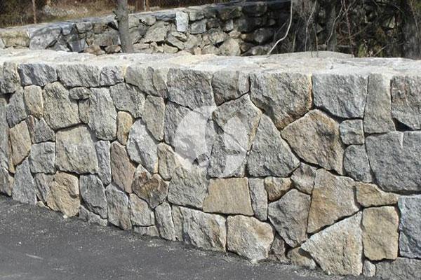 Penjual Batu Gunung Split 2/3 Yang Putih Per Truk di Kedaung Depok